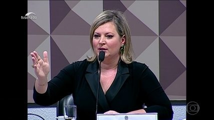 Deputada Joice Hasselman (PSL-SP) depõe na CPI das Fake News