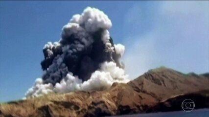Vulcão entra em erupção na Nova Zelândia e deixa cinco mortos