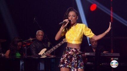 "Yara Charry canta ""Rehab"""