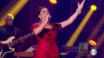 """Totia Meireles canta """"Volta Por Cima"""""""