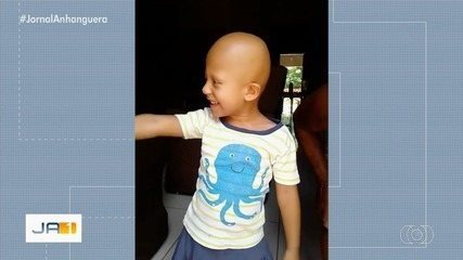 Avó pede peruca para neta de 5 anos que não tem cabelos, em Posse