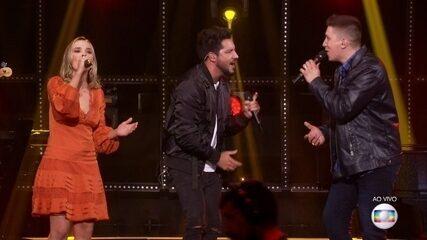 Jakson Follmann canta com Thaeme e Thiago