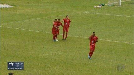 Pouso Alegre vence a Caldense em jogo-treino no Ronaldão, em Poços de Caldas (MG)
