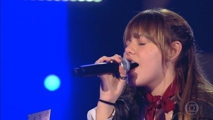 "Giovana Aguilera canta ""Believer"""