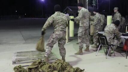 Premiê iraquiano pede saída de tropas americanas, e Trump faz ameaça
