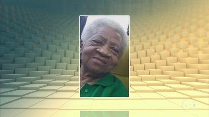 Bala perdida mata idosa, atingida quando varria a varanda, em São Gonçalo