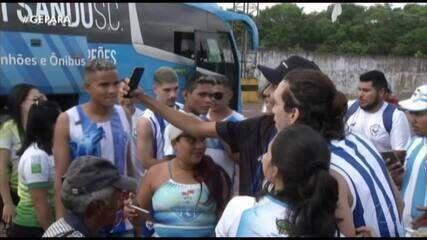 """Barcarena recebe Papão """"de braços abertos"""", mas pega no pé de Caíque Oliveira; assista"""