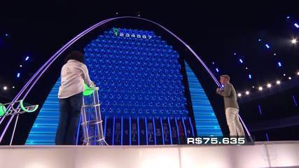 Fátima e Júlio continuam na disputa pelo prêmio do 'The Wall'