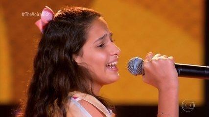 """Milena Schmitz canta """"Anunciação"""""""