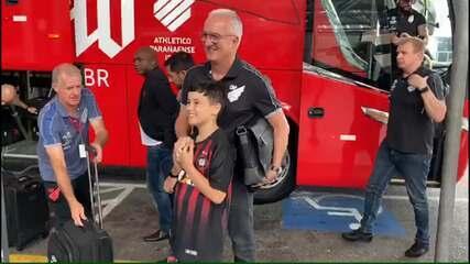 Com reforços e Dorival Júnior, Athletico embarca para amistosos na Argentina