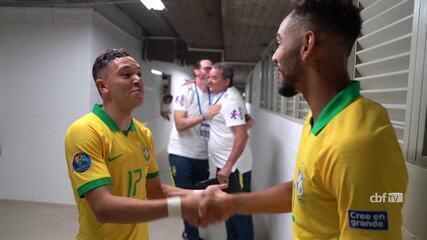 Jogadores do Brasil sub-23 festejam a vitória sobre o Uruguai: 3 a 1