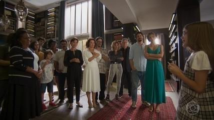 Sofia e a família prestam homenagem a Alberto