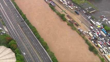 Secretário de Infraestrutura de SP fala sobre chuva: 'Sistema de drenagem não deu conta'
