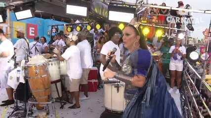 Ivete Sangalo canta 'Levada Louca' no circuito Barra-Ondina