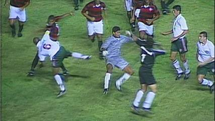 Fluminense e Moto Club em 1999 terminou em pancadaria generalizada