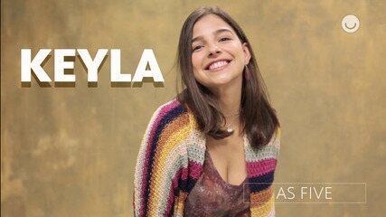 As Five: gif Keyla
