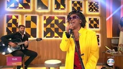 Sandra de Sá canta 'Sou de Verão'