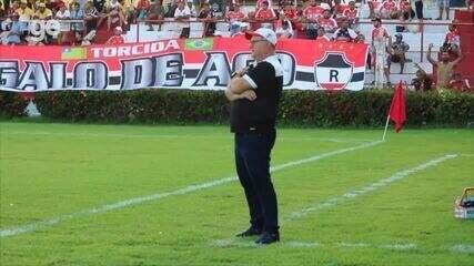 Bastidores: acompanhe momentos do último jogo de Marcelo Vilar no comando do River-PI