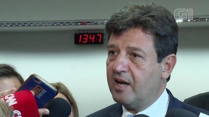 Ministro da Saúde diz que nada muda no Brasil com a declaração de pandemia do coronavírus