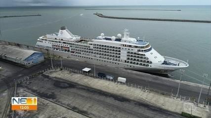 Navio é isolado no Porto do Recife após passageiro apresentar sintomas do novo coronavírus
