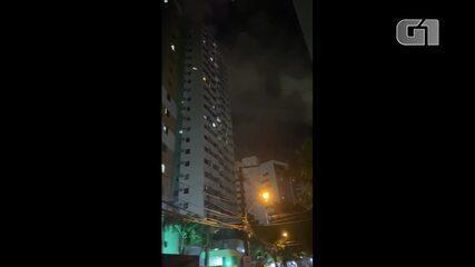 Moradores de Recife (PE) fazem panelaço em protesto contra o governo Jair Bolsonaro