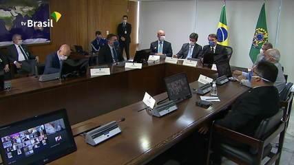 Bolsonaro anuncia R$8 bilhões em emendas parlamentares para aplacar efeitos da Covid-19