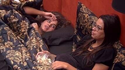 Gizelly para Ivy sobre sister: 'Será que vocês não perceberam o que ela faz?'