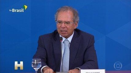 Paulo Guedes fala sobre as medidas econômicas para enfrentar o novo coronavírus
