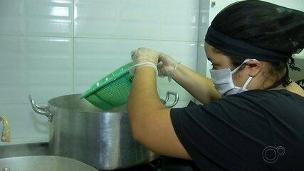 Empresária cria projeto para preparar e doar marmitas para moradores de Catanduva