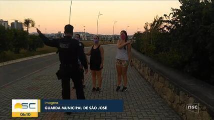 Guarda Municipal flagra aglomeração de moradores em São José