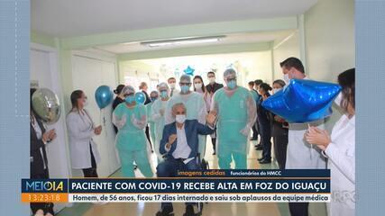 Paciente com Covid-19 recebe alta em Foz do Iguaçu
