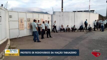 Rodoviários fazem protesto e reclamaram de atrasos de salários