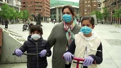 Espanha e Itália registram o menor número de mortes por coronavírus em semanas