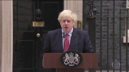 Primeiro-ministro britânico reassume o cargo