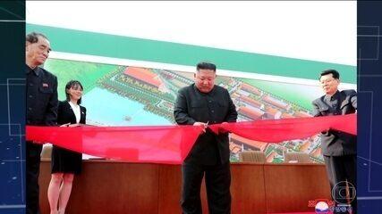 Imprensa estatal norte-coreana afirma que Kim Jong-Un apareceu em público após 20 dias