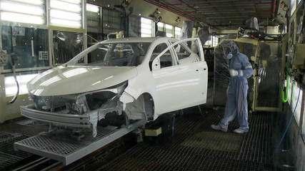 Produção industrial tem queda de 9,1% em março