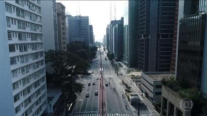 Cidade de São Paulo amplia isolamento social e vai tirar metade dos carros de circulação