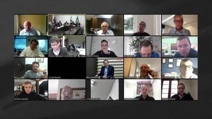 Em videoconferência com empresários, Bolsonaro volta a defender isolamento vertical