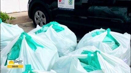 Grupo de voluntárias doa equipamento para médicos que trabalham em UTIs