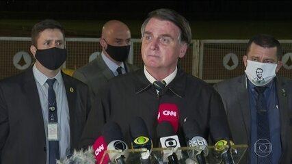 Bolsonaro diz em entrevista que governador do Rio, Wilson Witzel, queria a cabeça dele