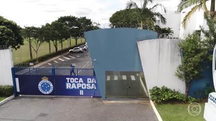 Um ano após denúncias de irregularidades no Cruzeiro, surgem novos escândalos