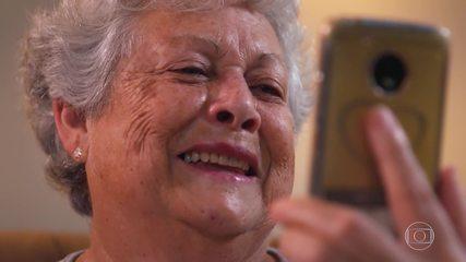 Maria Ada se emociona ao lembrar do filho em depoimento