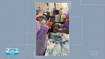 Professora se cura da Covid-19 e tem alta da UTI após duas paradas cardíacas