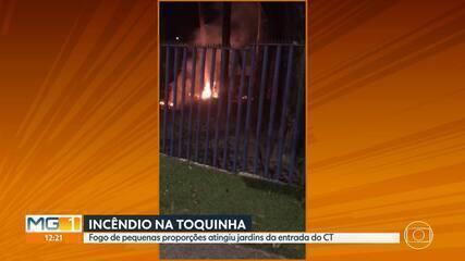 Cruzeiro: incêndio de pequenas proporções atinge jardins da Toca da Raposa