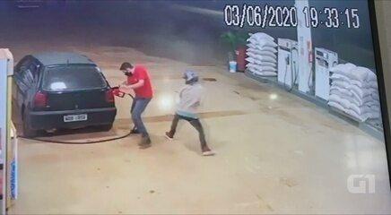 Policial reage à tentativa de assalto a posto de gasolina