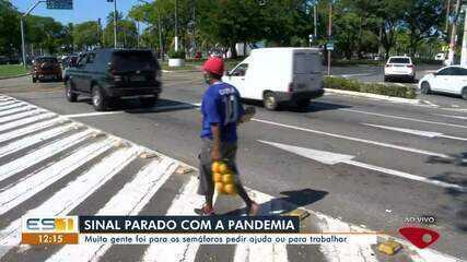 Pandemia da Covid-19 provoca queda na vendas em semáforos de Vitória