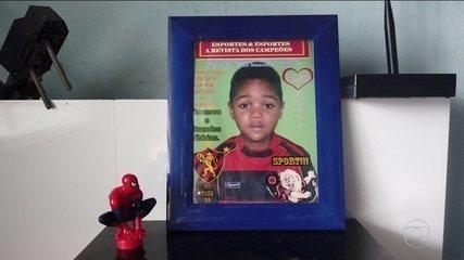 Mulher é presa após filho da empregada cair do 9º andar de um edifício, no Recife