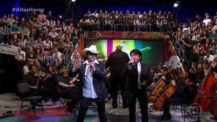 Chitãozinho e Xororó cantam 'Se Deus Me Ouvisse'