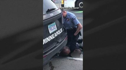 Policial que matou George Floyd participa de audiência