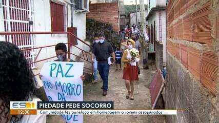 Comunidade do Morro da Piedade faz panelaço em homenagem a jovens assassinados